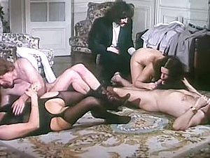 Alpha France - French porn - Full Movie - La Grande Enfilade (1978)
