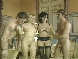 Hot vintage French foursome action with sexy babes