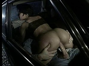 Horny Arabian slut fucked in the car in vintage porno