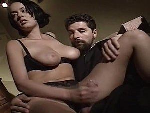 Hayden panettiere nude movie scene