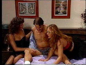 Vintage threesome with 2 sexy retro sluts and one cock