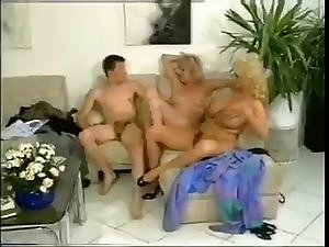 Vintage aunt and momma crazy threesome action with big clit