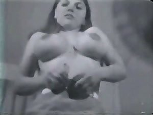 Vintage Mega big melons Hooters Puffy Nipples Bush 2